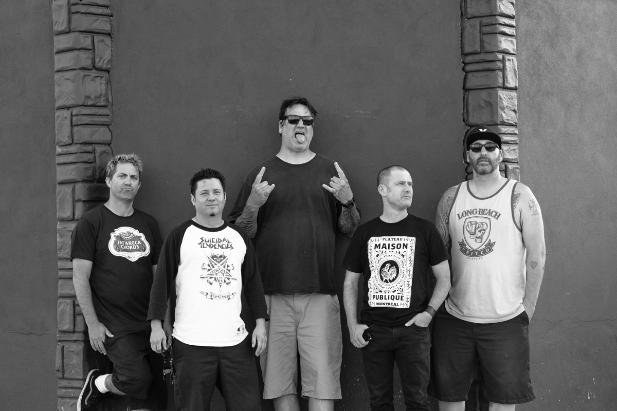 Lagwagon visits NL this May: Den Haag and Drachten